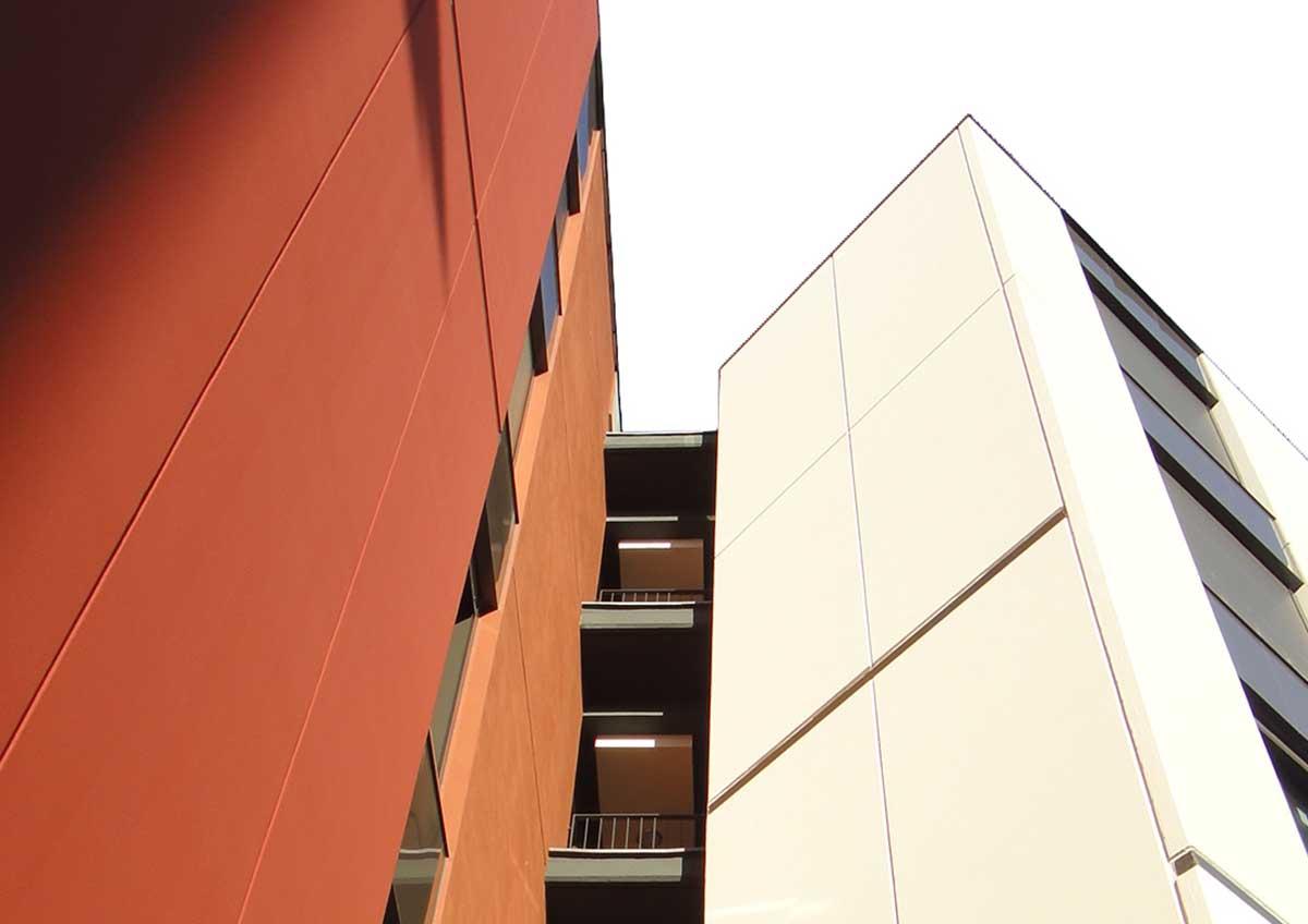 Edificio de VPO en Barcelona.