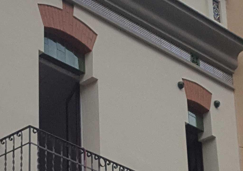Restauración fachada en Vilanova i la Geltrú.