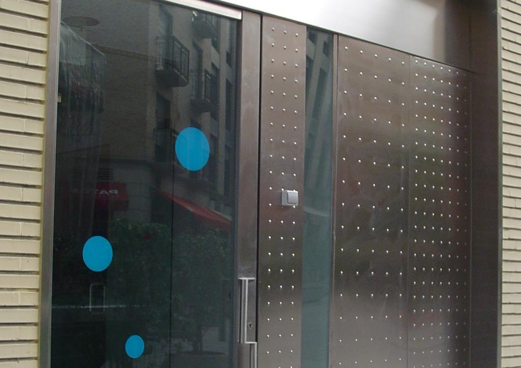 Reforma interior oficinas bancarias